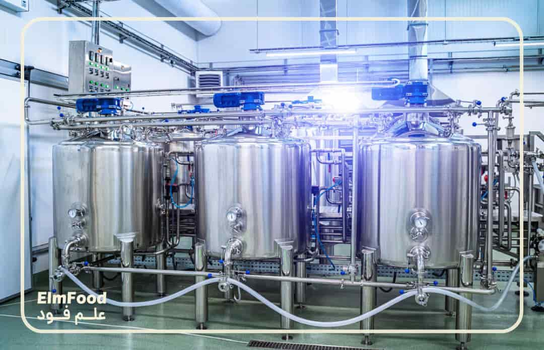پاستوریزاسیون شیر برای تولید خامه در کارخانه