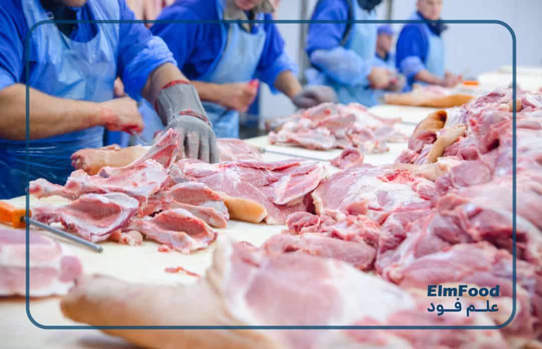 تمیز کردن و قطعه بندی گوشت برای تولید سوسیس و کالباس
